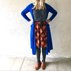 Flat Pleat Skirt with Pockets